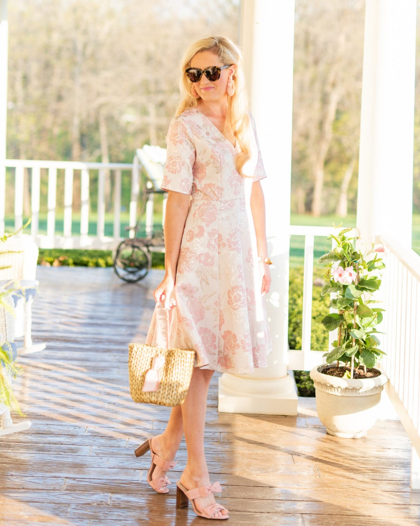 girl in women's fashion gal meets glam dress / pamela munson bag / karen walker sunglasses