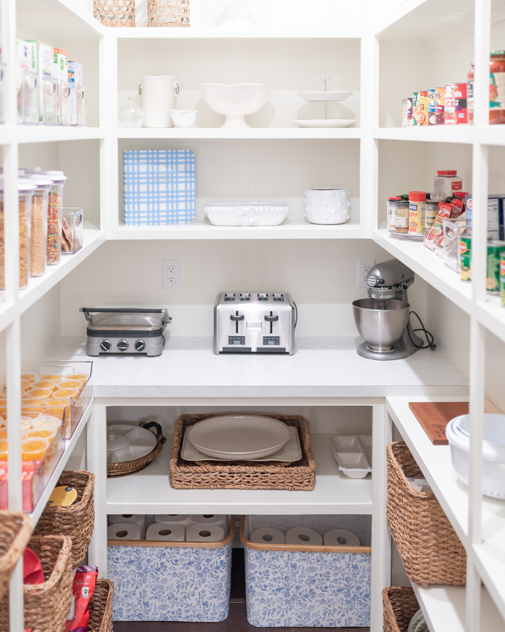 How To Organize Your Pantry in 5 Simple Steps